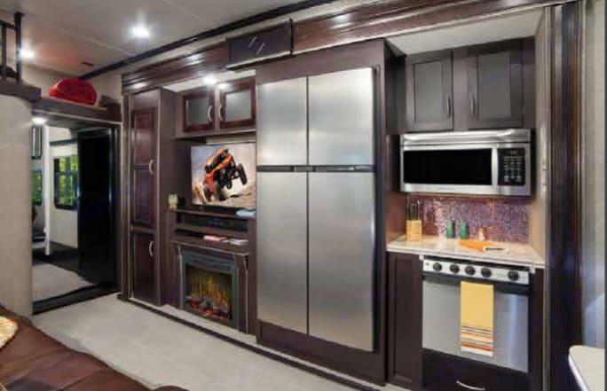 Kitchen . Keystone Raptor 2016