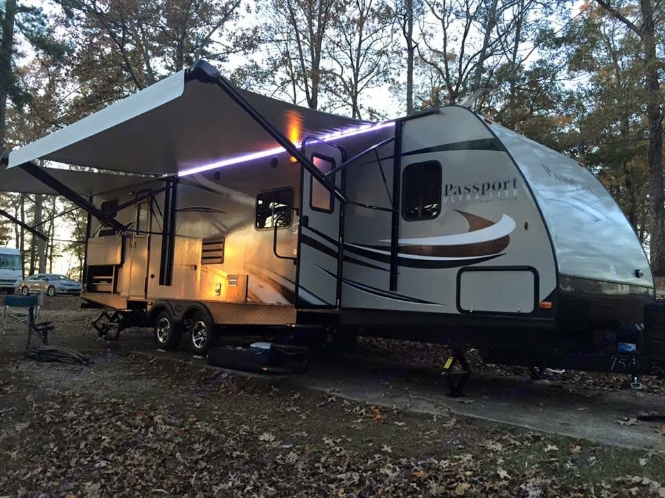 Beautiful exterior with 2 power awnings and LED lights. Keystone Passport 2016