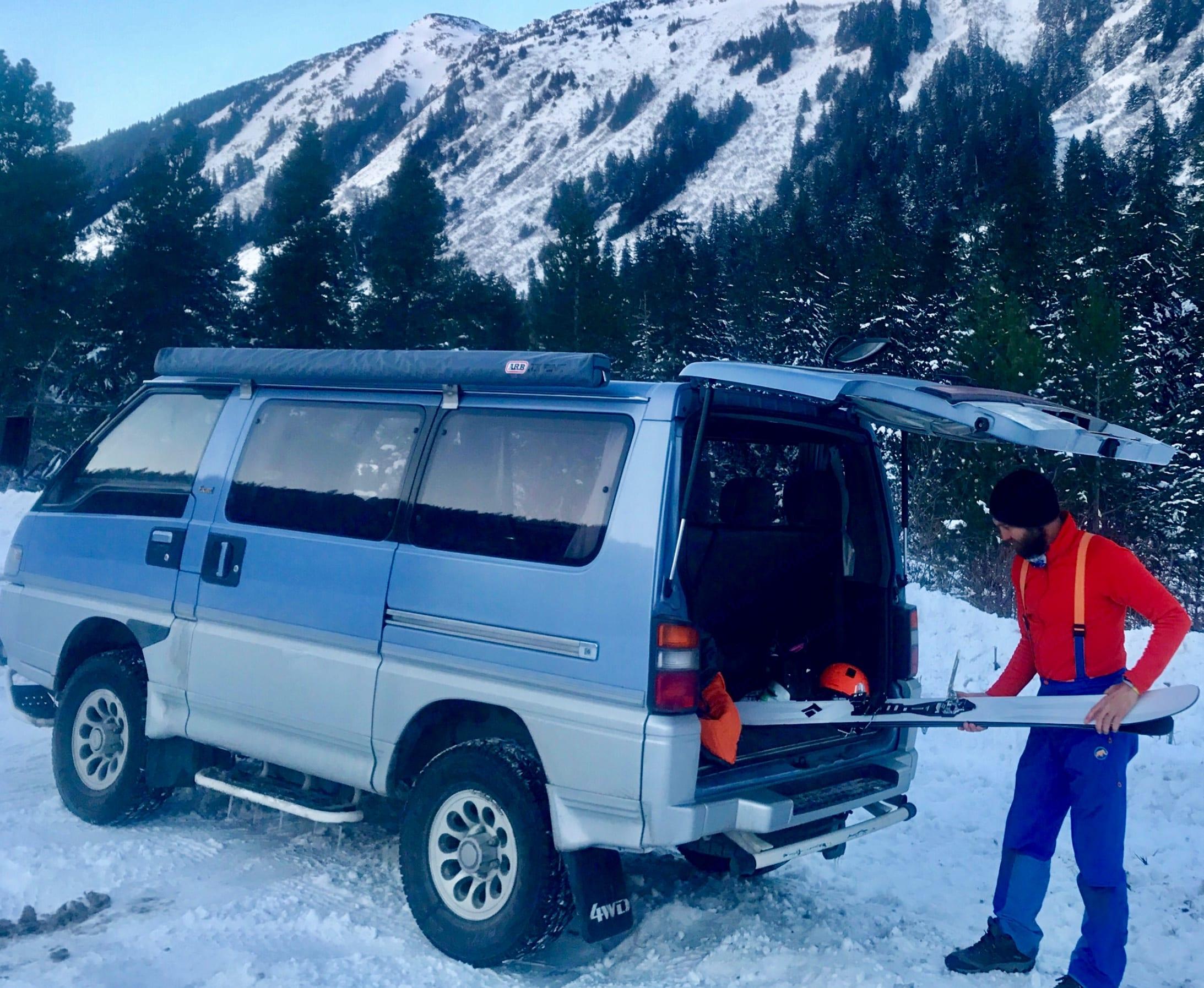 Adventure Van. Mitsubishi Delica 1992
