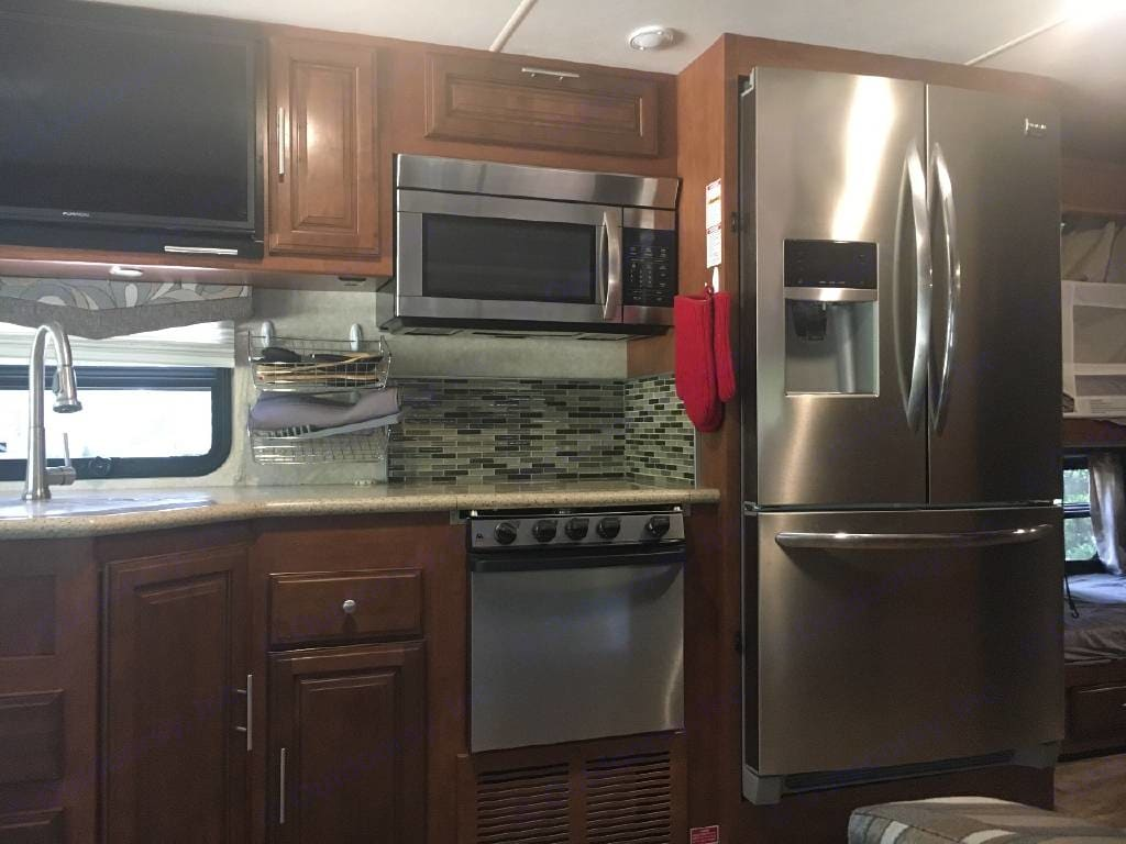 Full size galley. Forest River Georgetown 2017