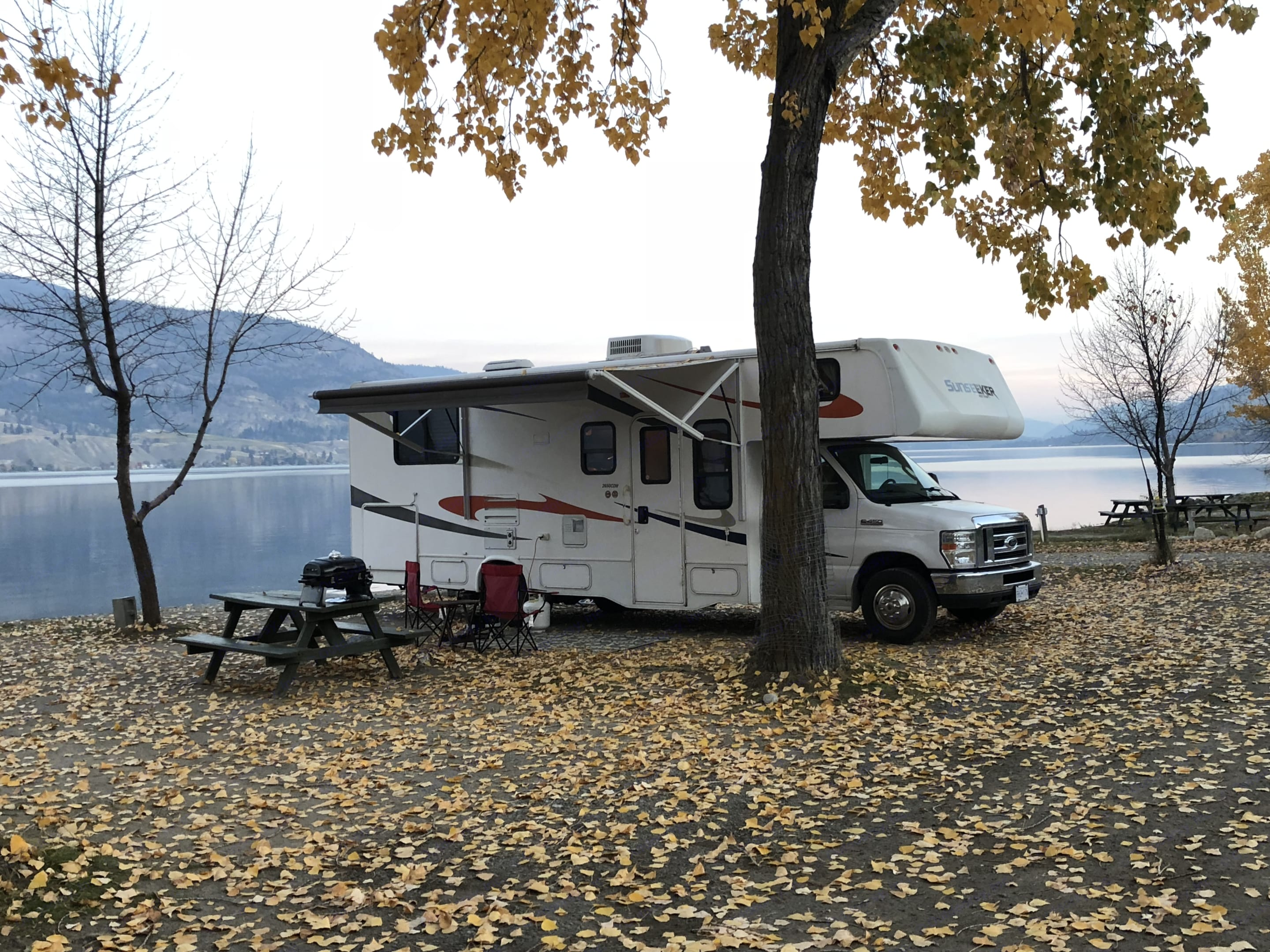 Great fall camping in the Okanagan. Forest River Sunseeker 2011