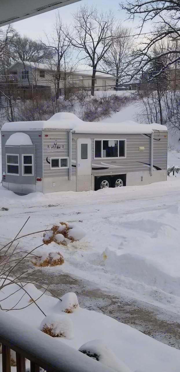 Ice Castle Fish Houses Rv Edition Hybrid 2014