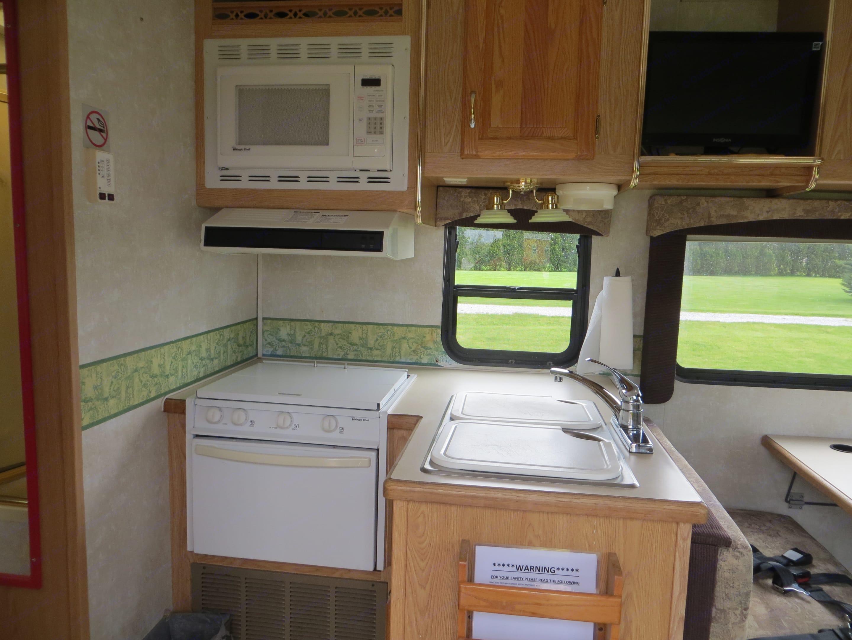 Kitchen. Forest River Sunseeker 2004