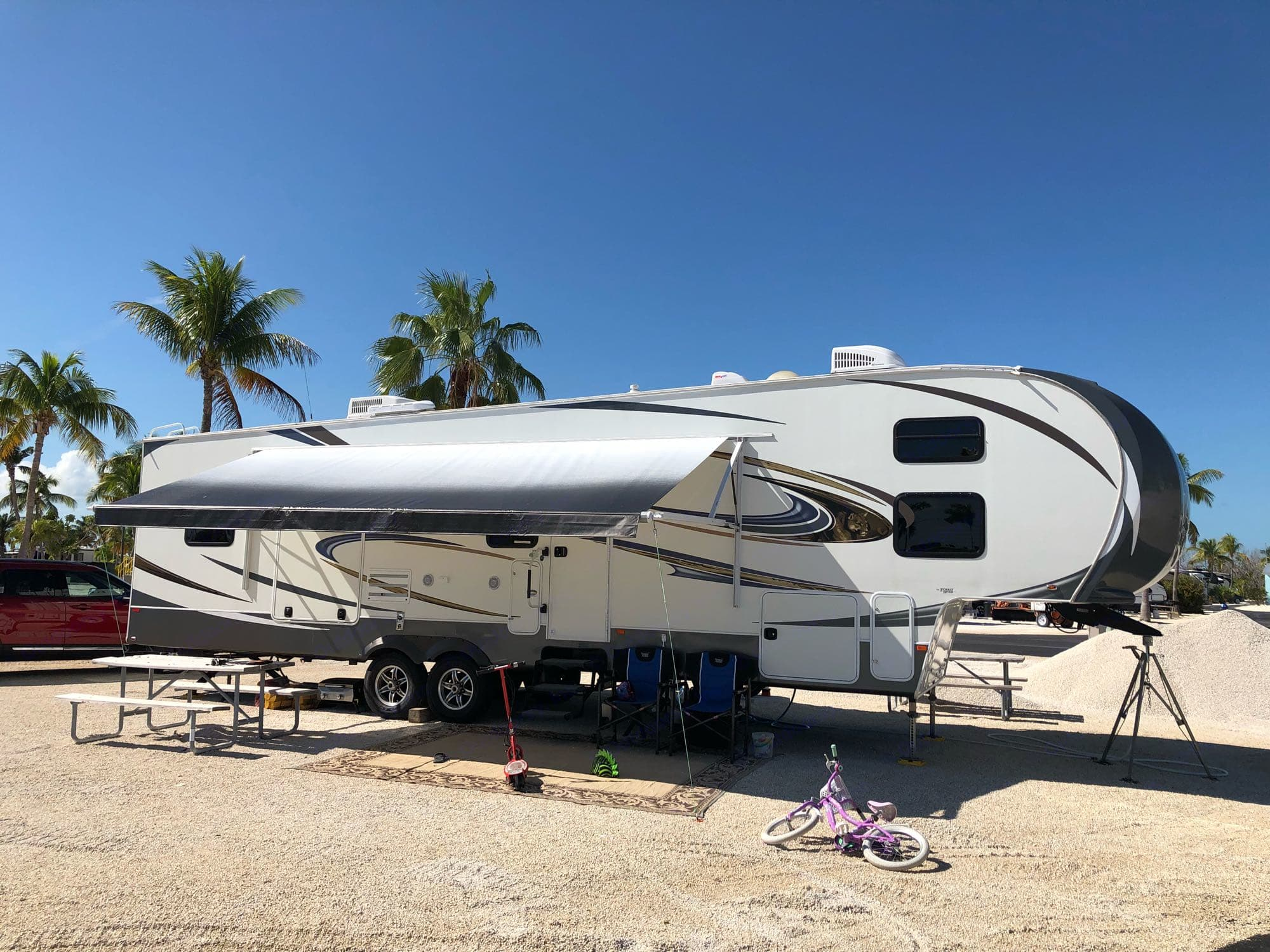 setup in the Florida Keys. Forest River Wildcat 337FB 2013