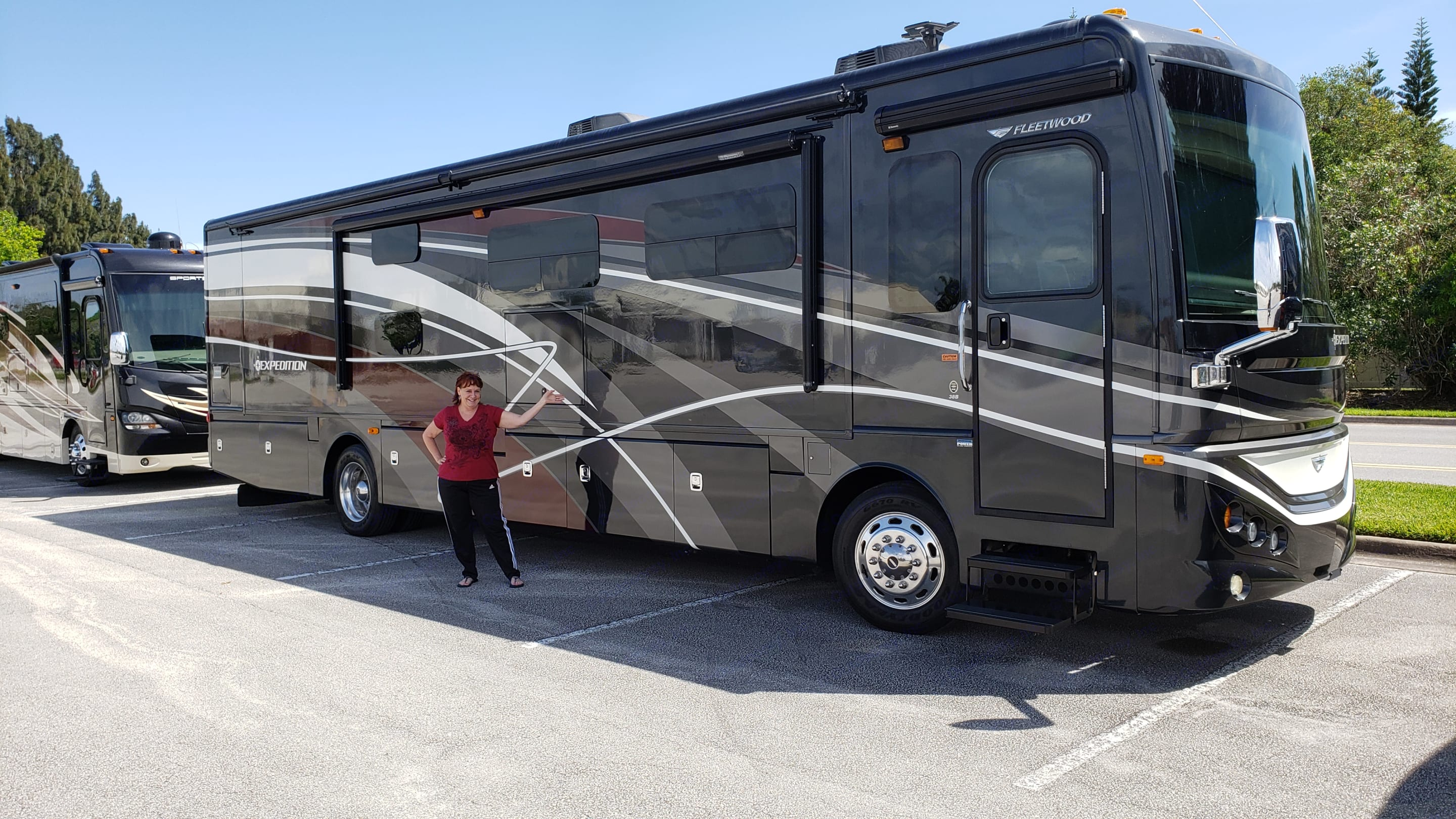 Excited to share our new rig with you.. Fleetwood Expedition 2015