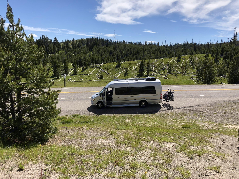 Yellowstone exploring. Coachmen Galleria 2017