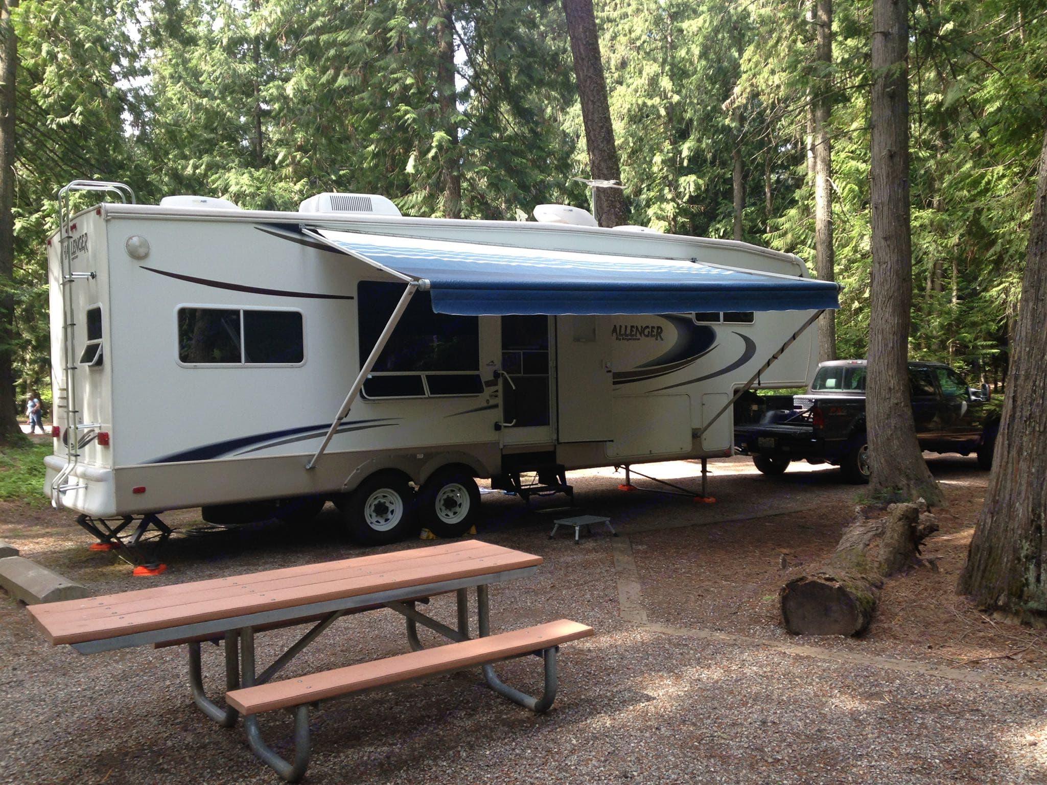 Nice camping in North Idaho. Keystone Challenger 2006