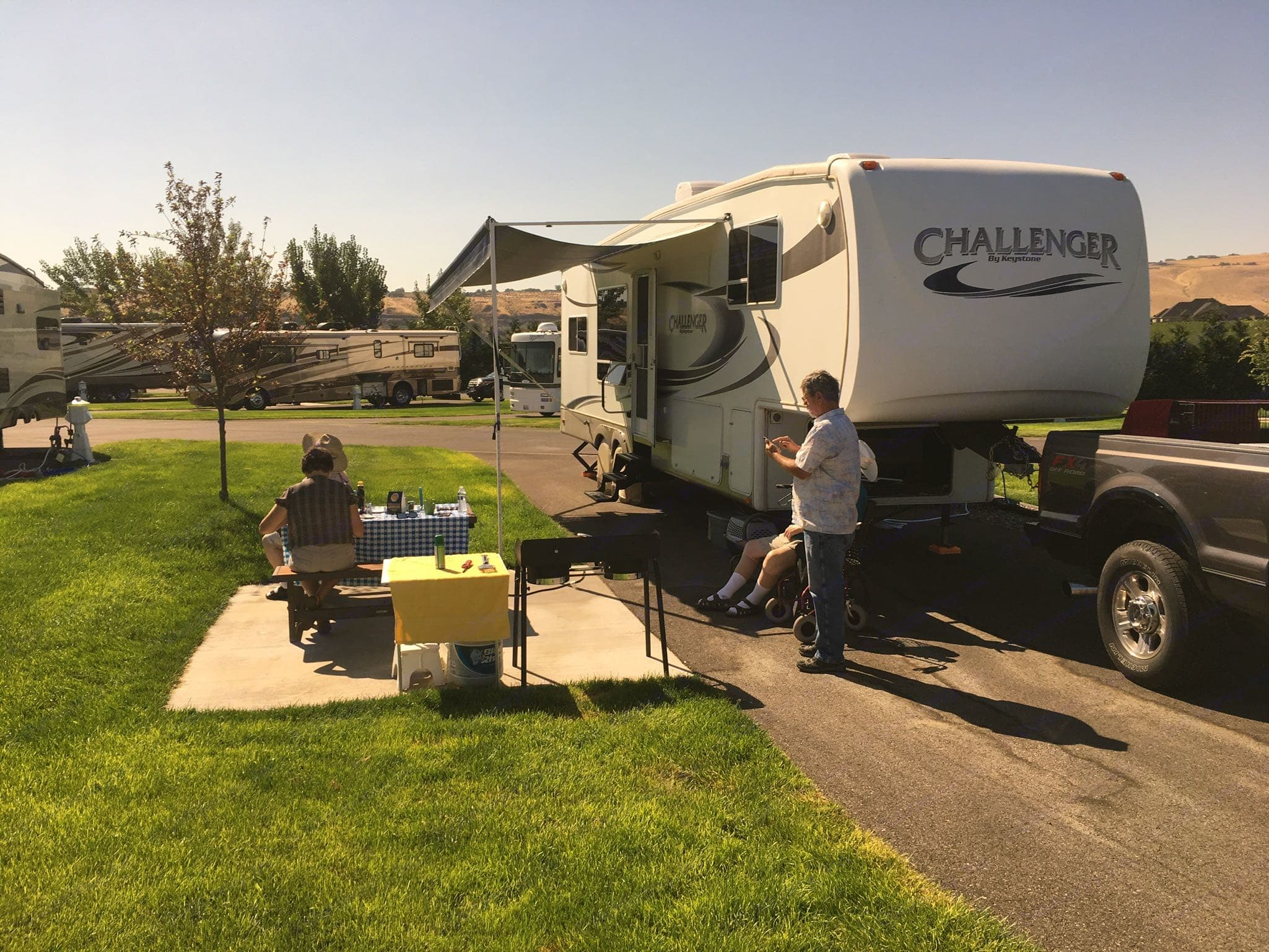 The day of the solar eclipse in Kennewick Wa.. Keystone Challenger 2006