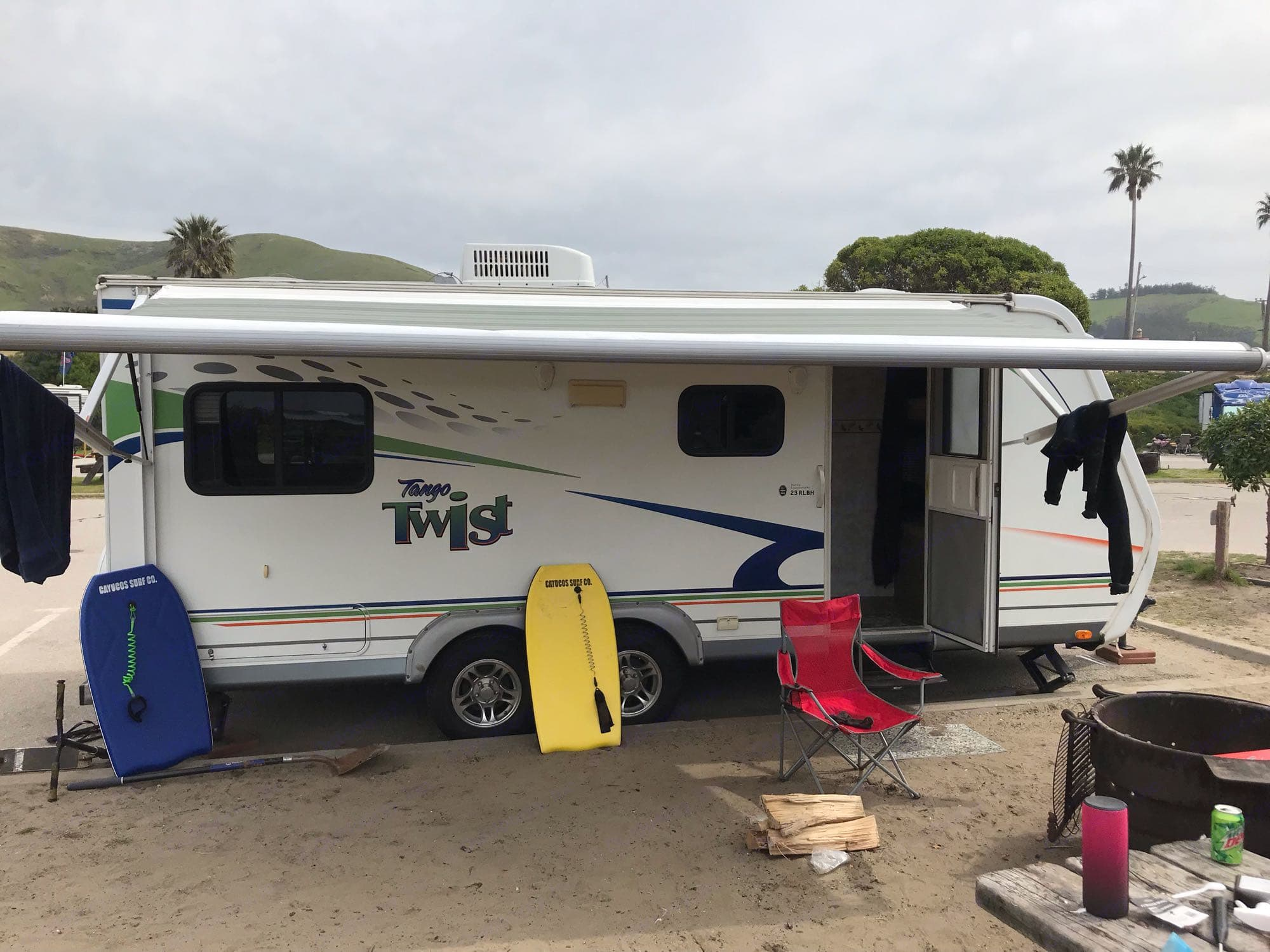 set up and being enjoyef. Pacific Coachworks Tango 2009