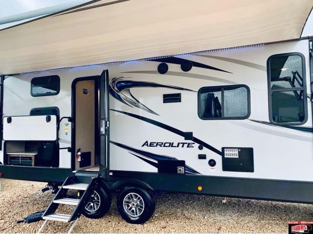 Dutchmen Aerolite 2018