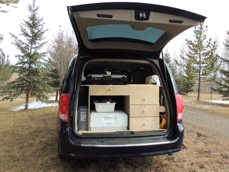 Kitchen. Dodge Grand Caravan 2015