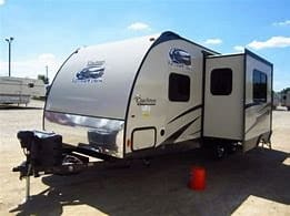 Slide Out. Coachmen Freedom Express 2015