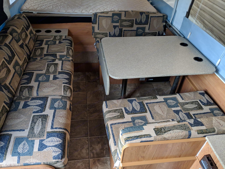 Kitchen Table. Jayco Jay Series 2008