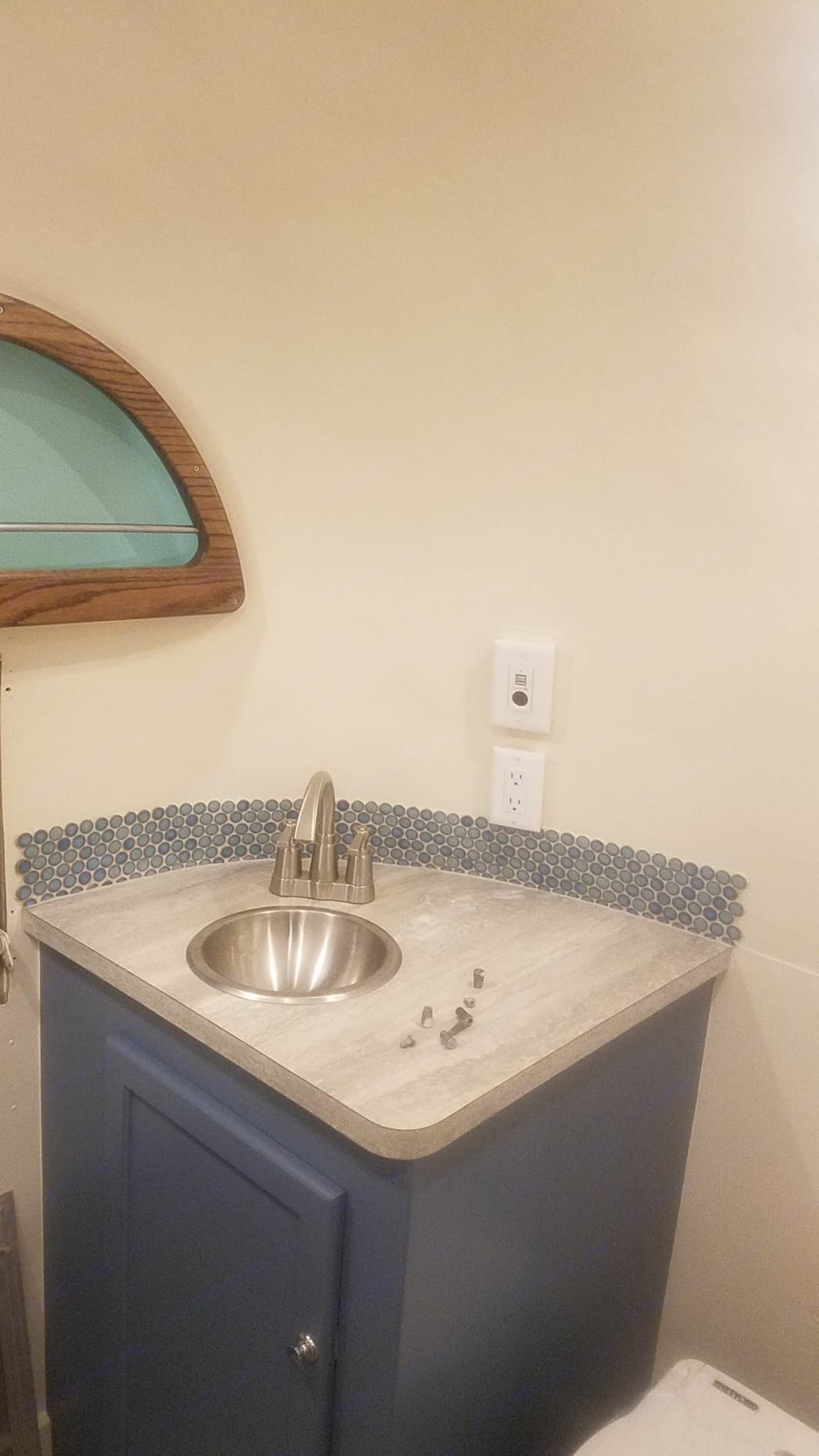 Bathroom with Porta Potti. Avion Other 1963