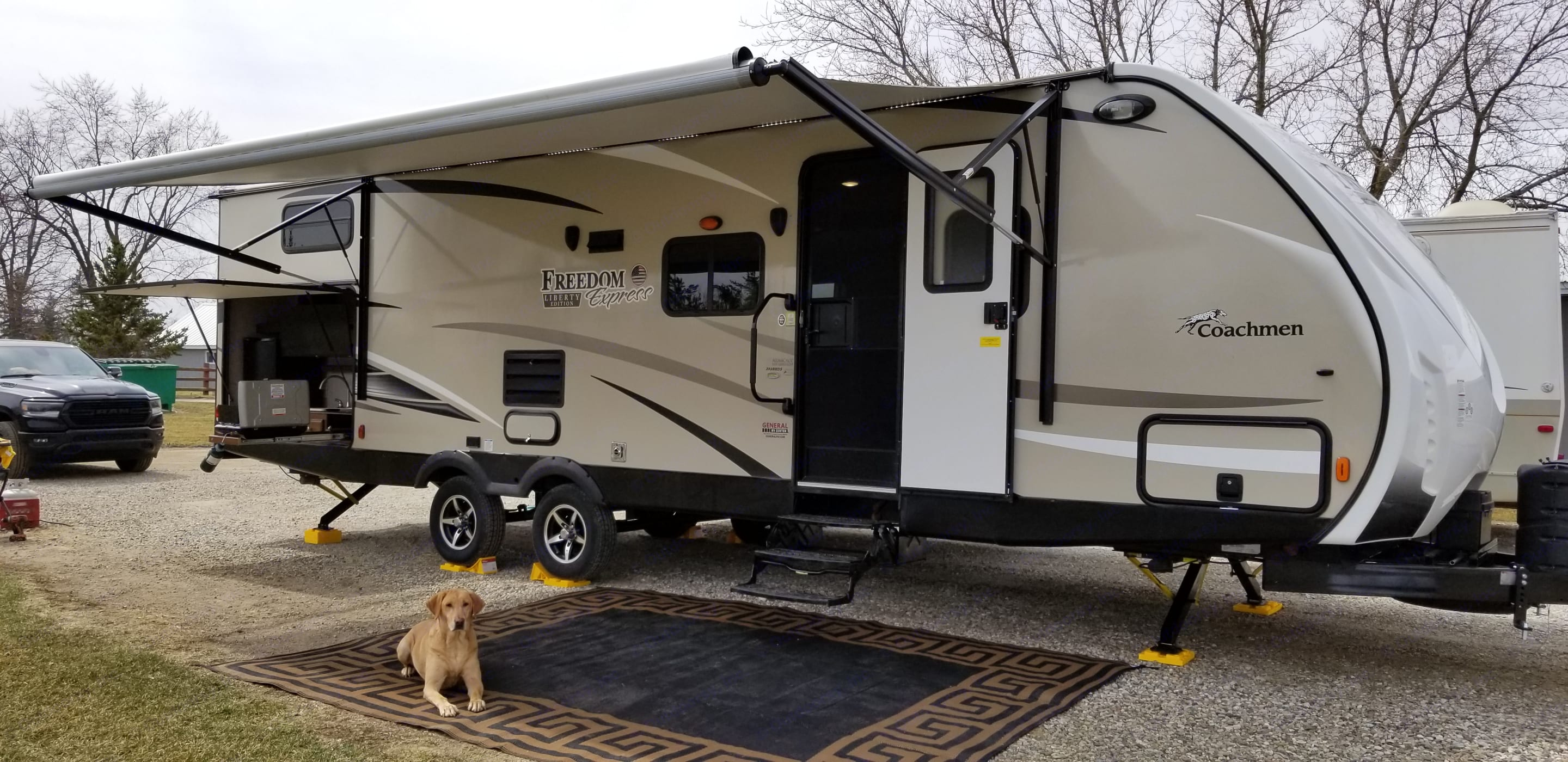 Camping in style! . Coachmen Freedom Express 2017