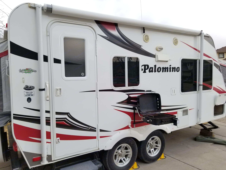 Palomino Hybrid 2011