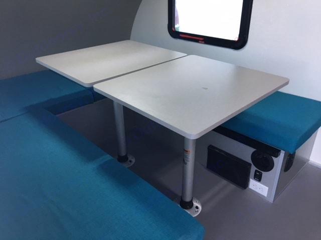 Helio O4 2 tables 6 personnes. Helio O4 2018