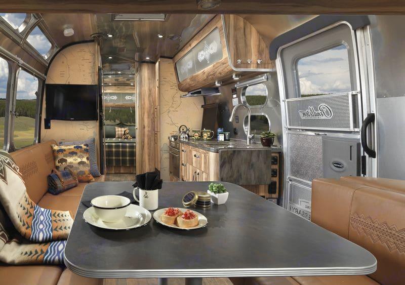 Galley. Airstream Pendleton 2016