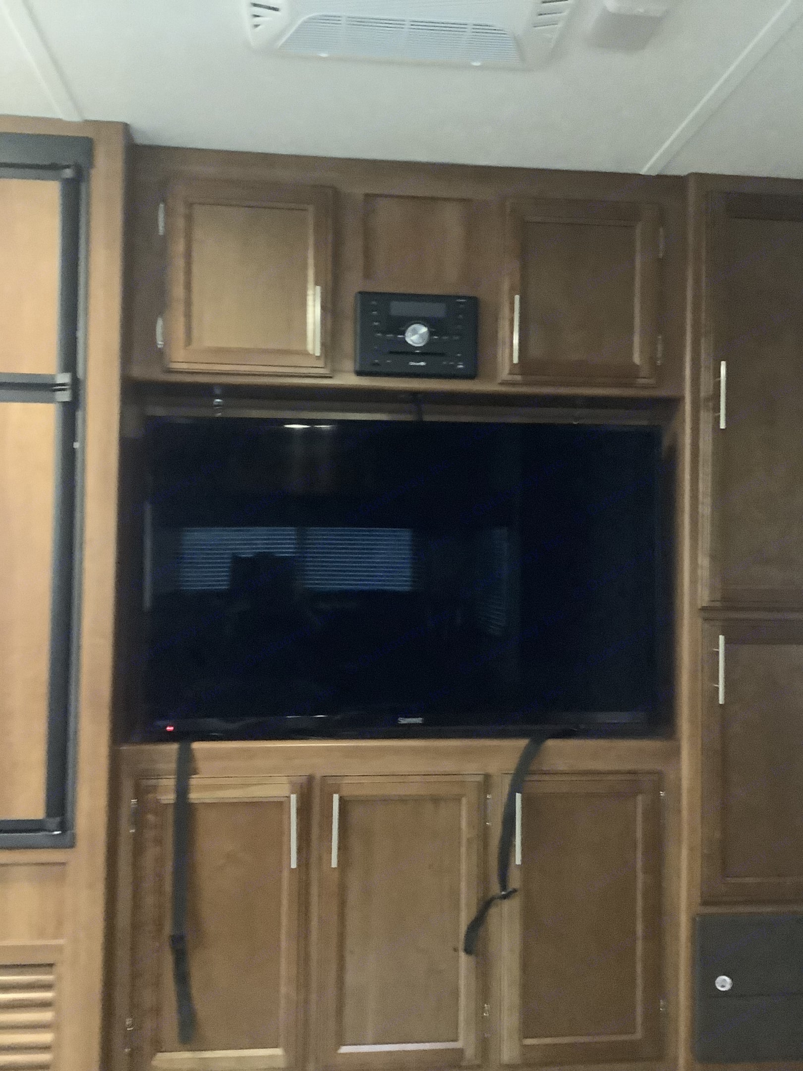 50 inch tv with radio entertainment center.. Prime Time Avenger 2018