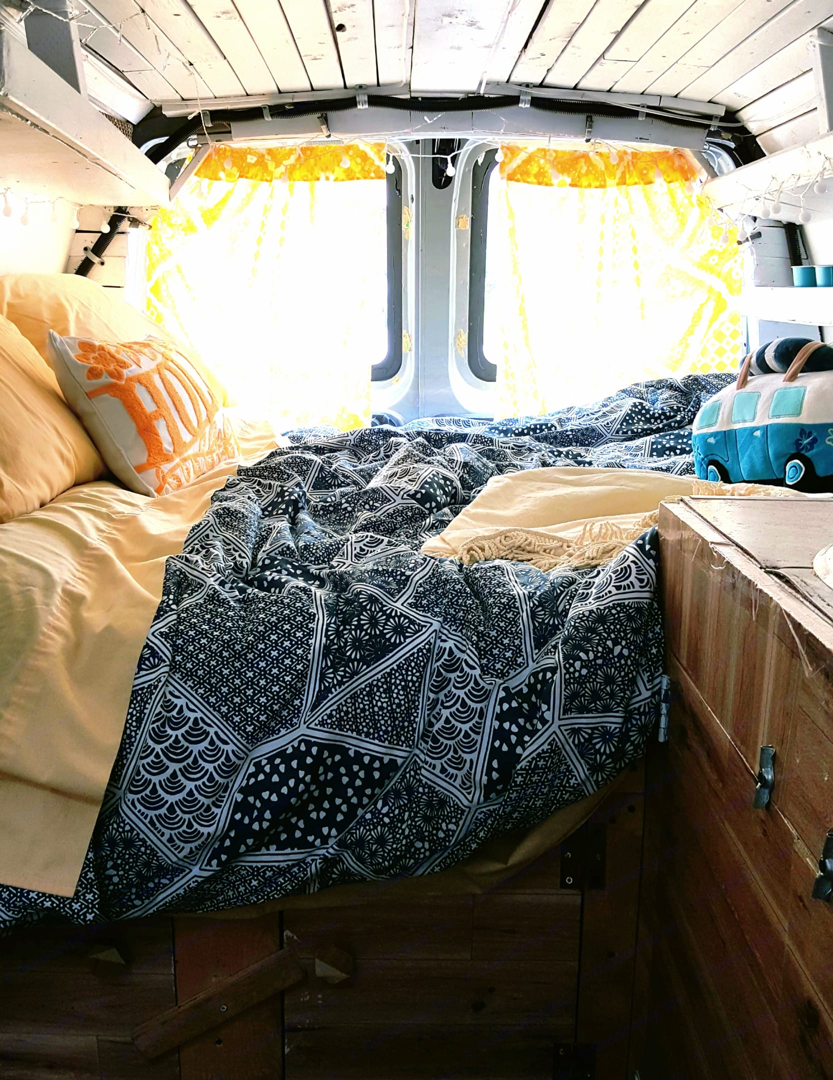 Your bed is made!. Chevrolet Express Cargo Conversion 2004