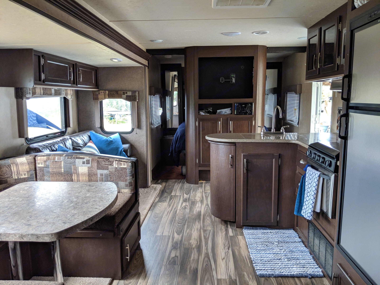 Beautiful interior.. Forest River Evo 2016