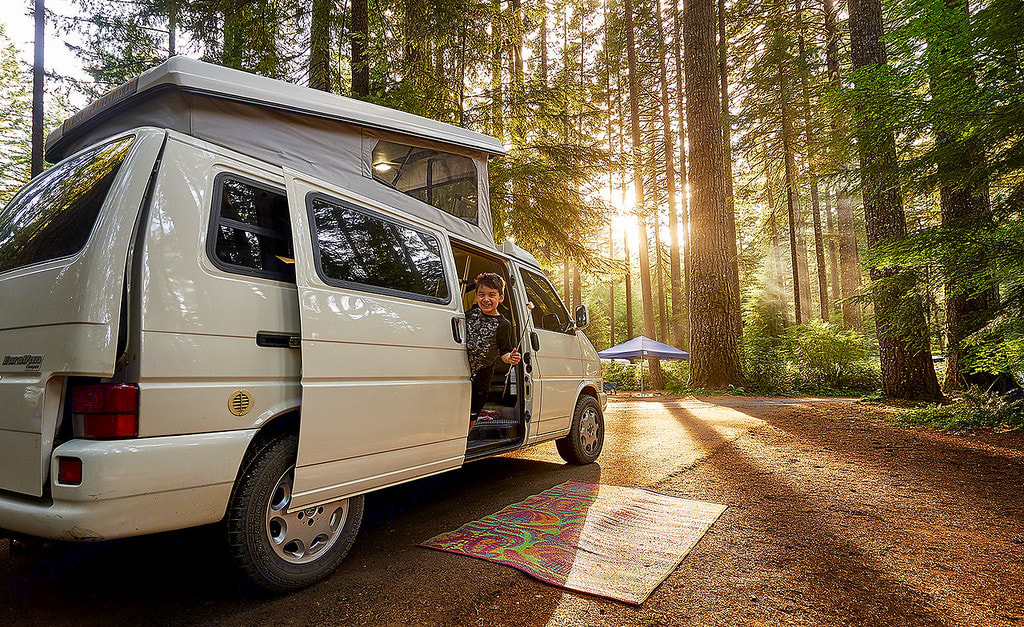 Tillicum is a charming, well cared for Eurovan that seats and sleeps up to four.. Volkswagen Eurovan Camper 1997