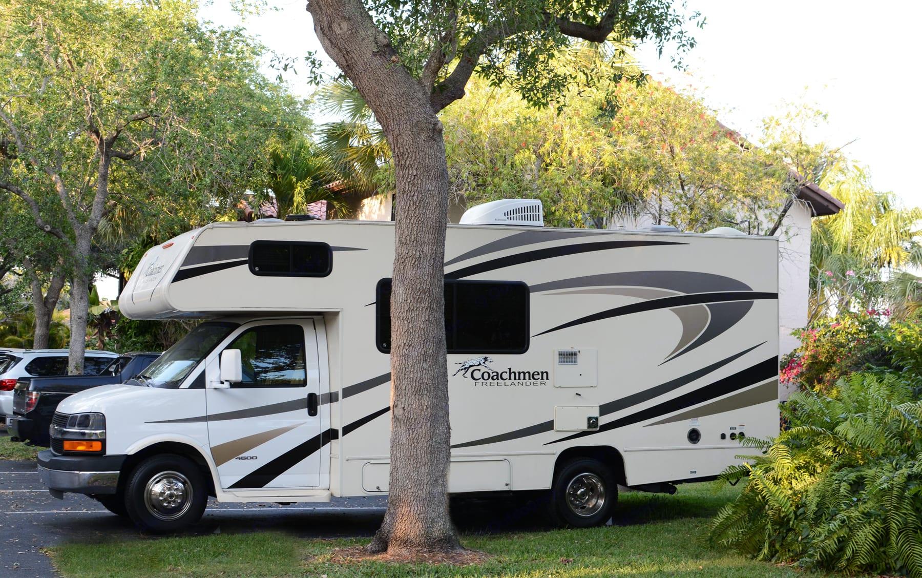COACHMAN FREELANDER parks in a regular parking space. Coachmen Freelander 2017