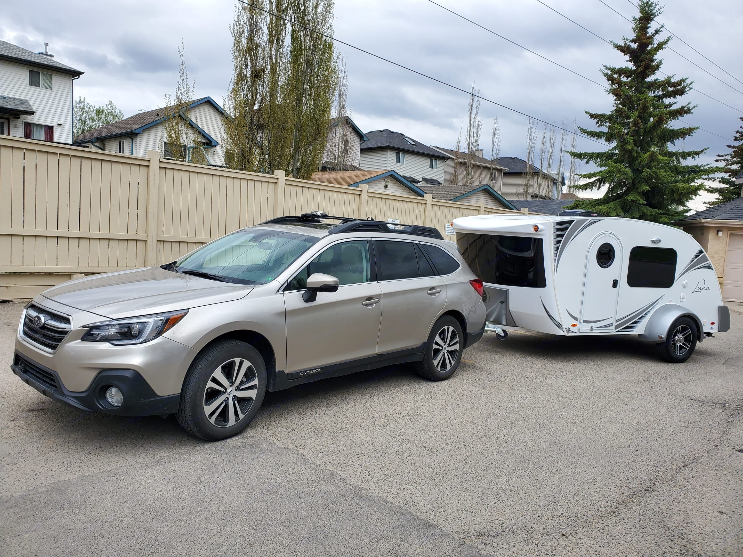 Light Trailer can be towed by any cars. Gross Weight 2200lbs.. InTech RV Luna 2018