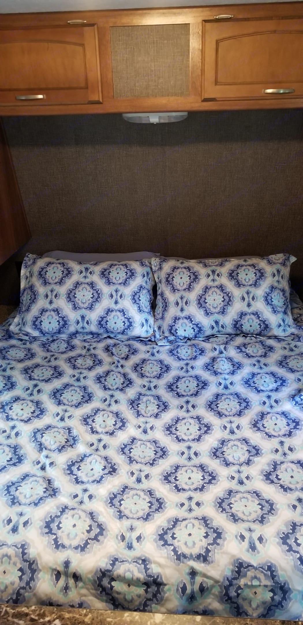 Master bed. Keystone Springdale 2016
