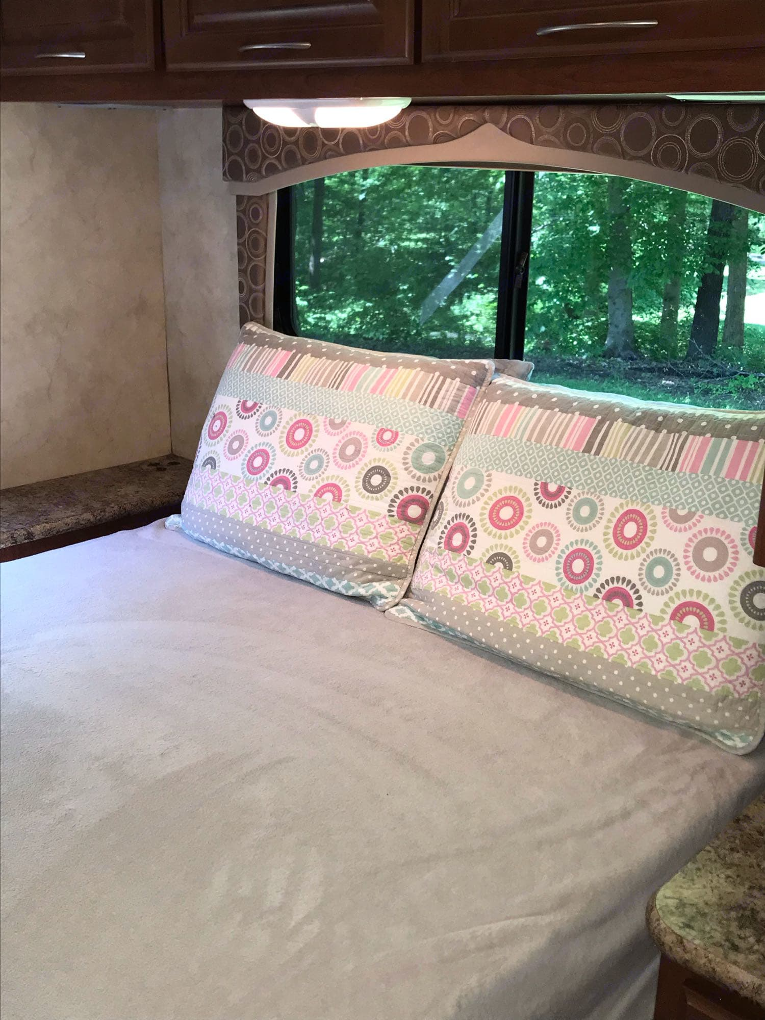 Master Bedroom. Thor Motor Coach Chateau 2011