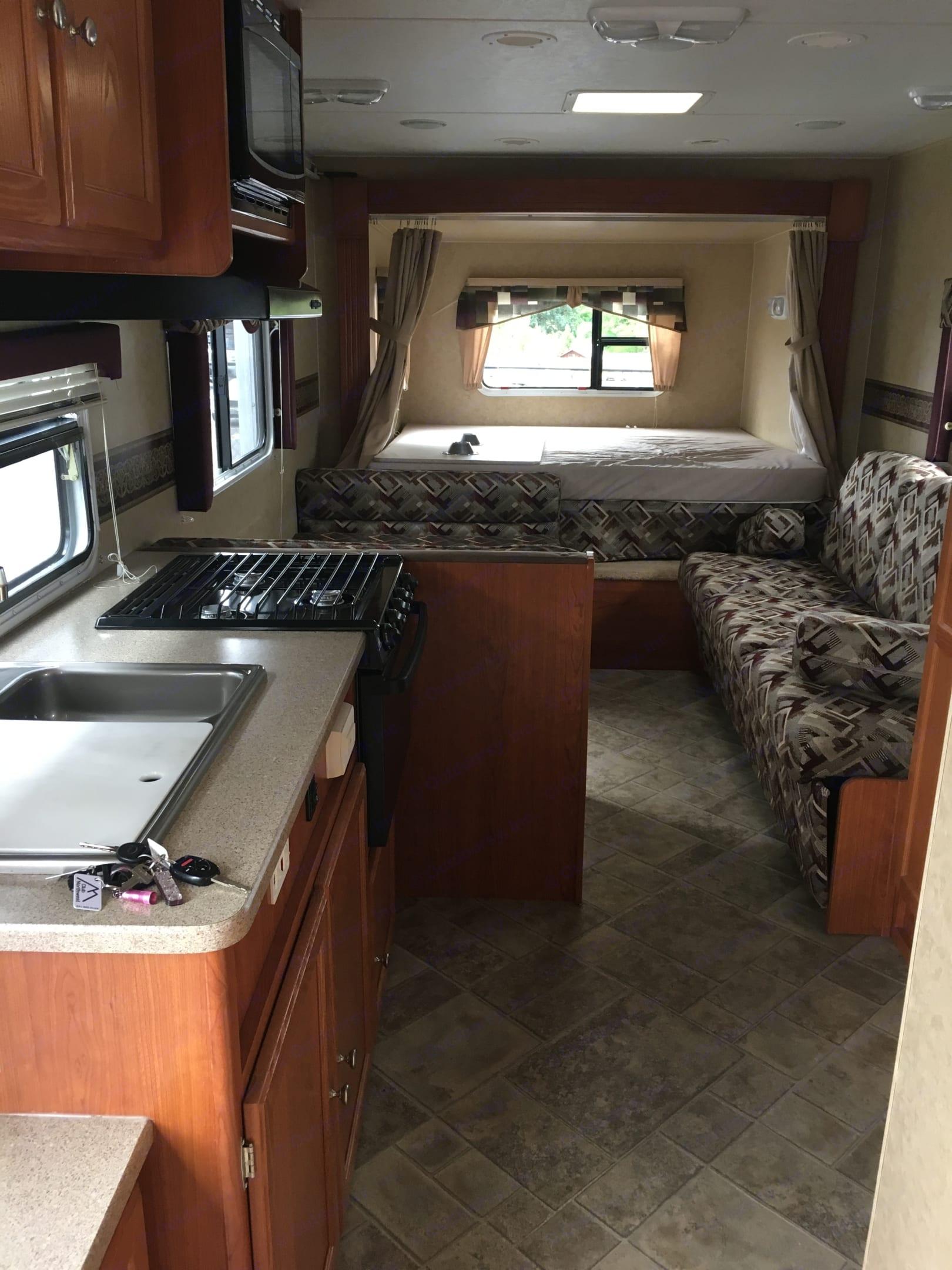 R-Vision Trail-Cruiser 24rsc 2010