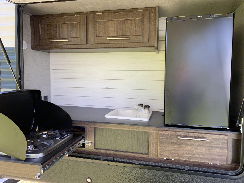 Outdoor Kitchen. Crossroads Zinger 2018