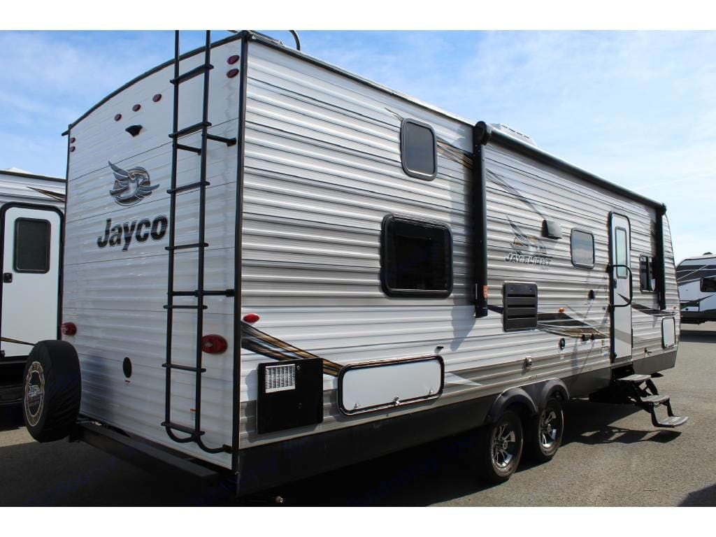 roll out the 14ft power awning and kick back in the shade. Jayco Flight 2019