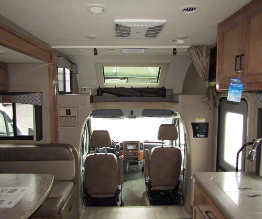Thor Motor Coach KM24 2020