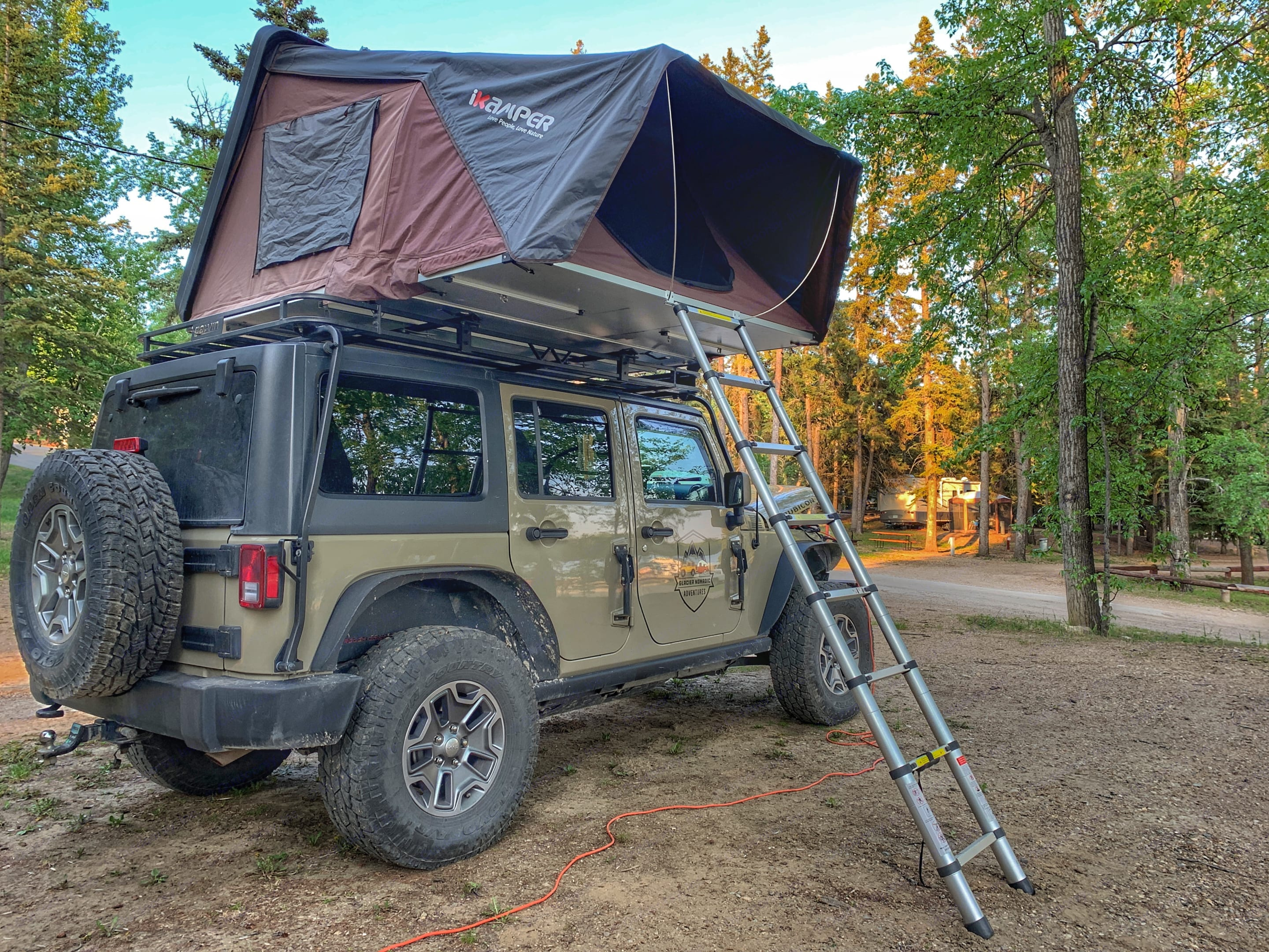 Setup is as easy as unlocking and deploy. Never worry about finding a camp sight with our Jeep and iKamper combo.. Jeep Rubicon 2017