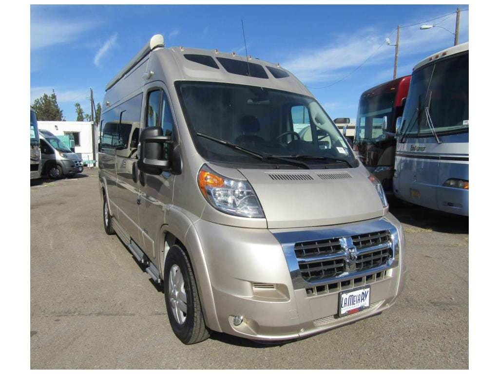 """Zion SRT is one of the shortest class B RV's at 19' 7"""" long. 9' 5"""" high. Parks in any regular parking spot. Includes 12' power awning and power steps. . Roadtrek Zion SRT 2019"""