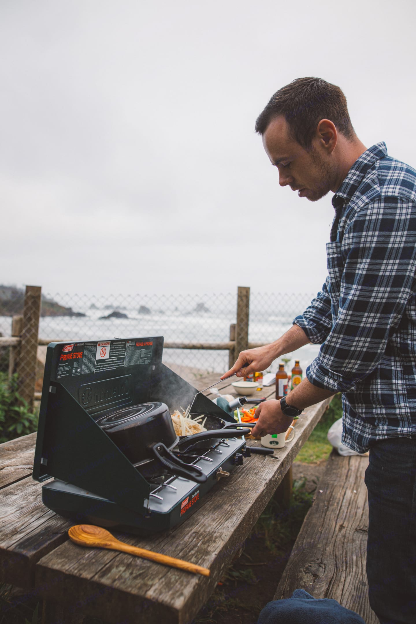Portable stove so you can cook while taking in the view. . Mercedes-Benz Sprinter 2013