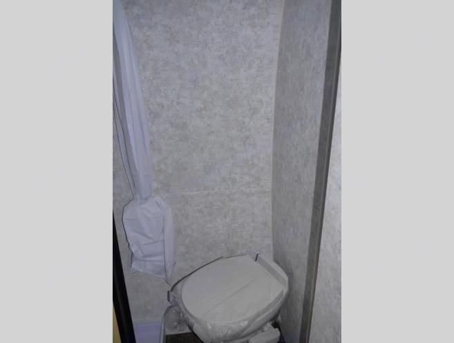 Bathroom. Prolight Rv Profil 14 2017