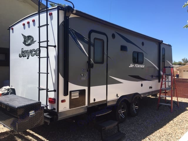 very light can be towed with 1/2 ton no problem.. Jayco Jay Feather 2016