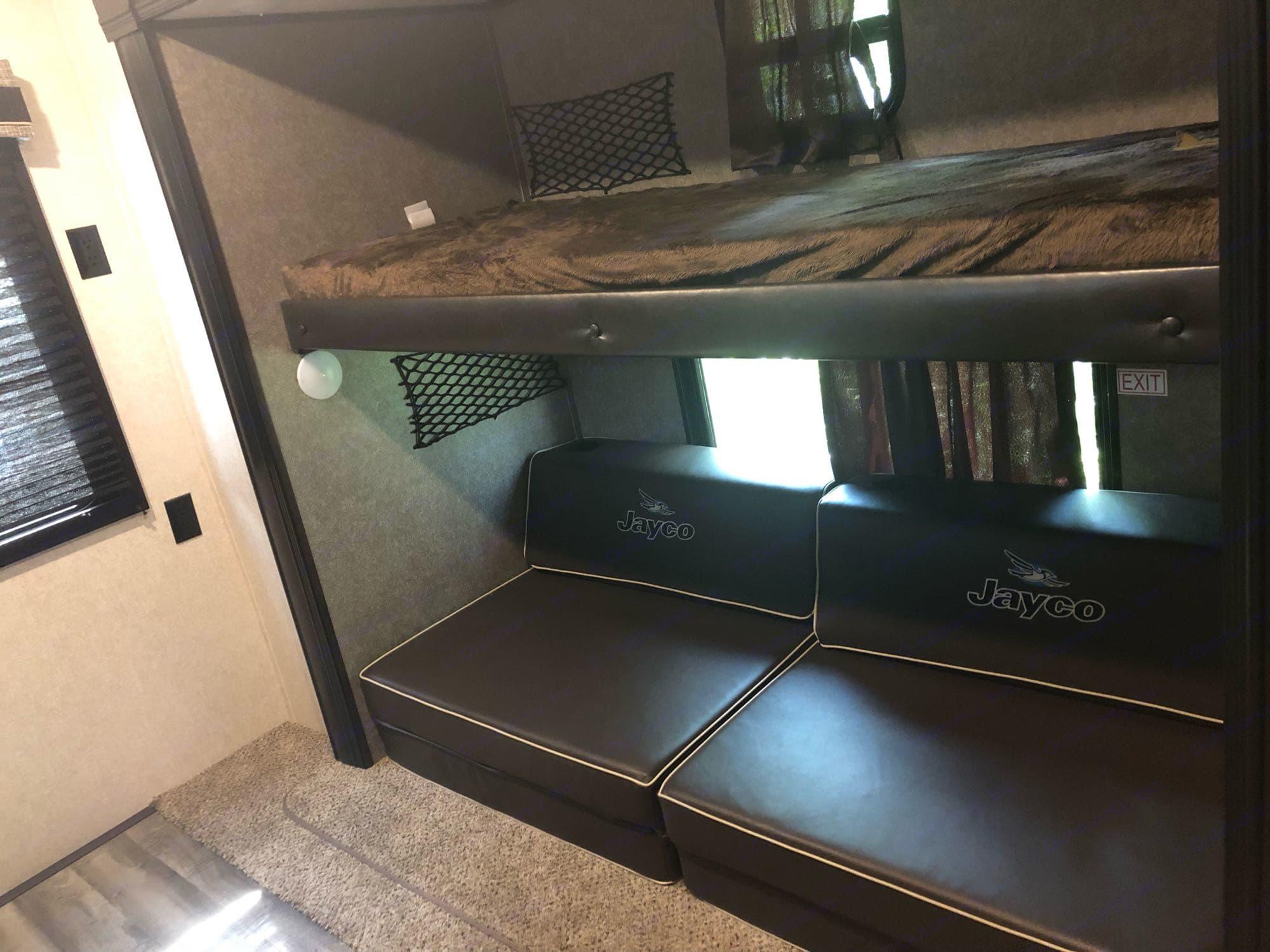 fold out beds w/fold down bunk. Jayco Flight 2020