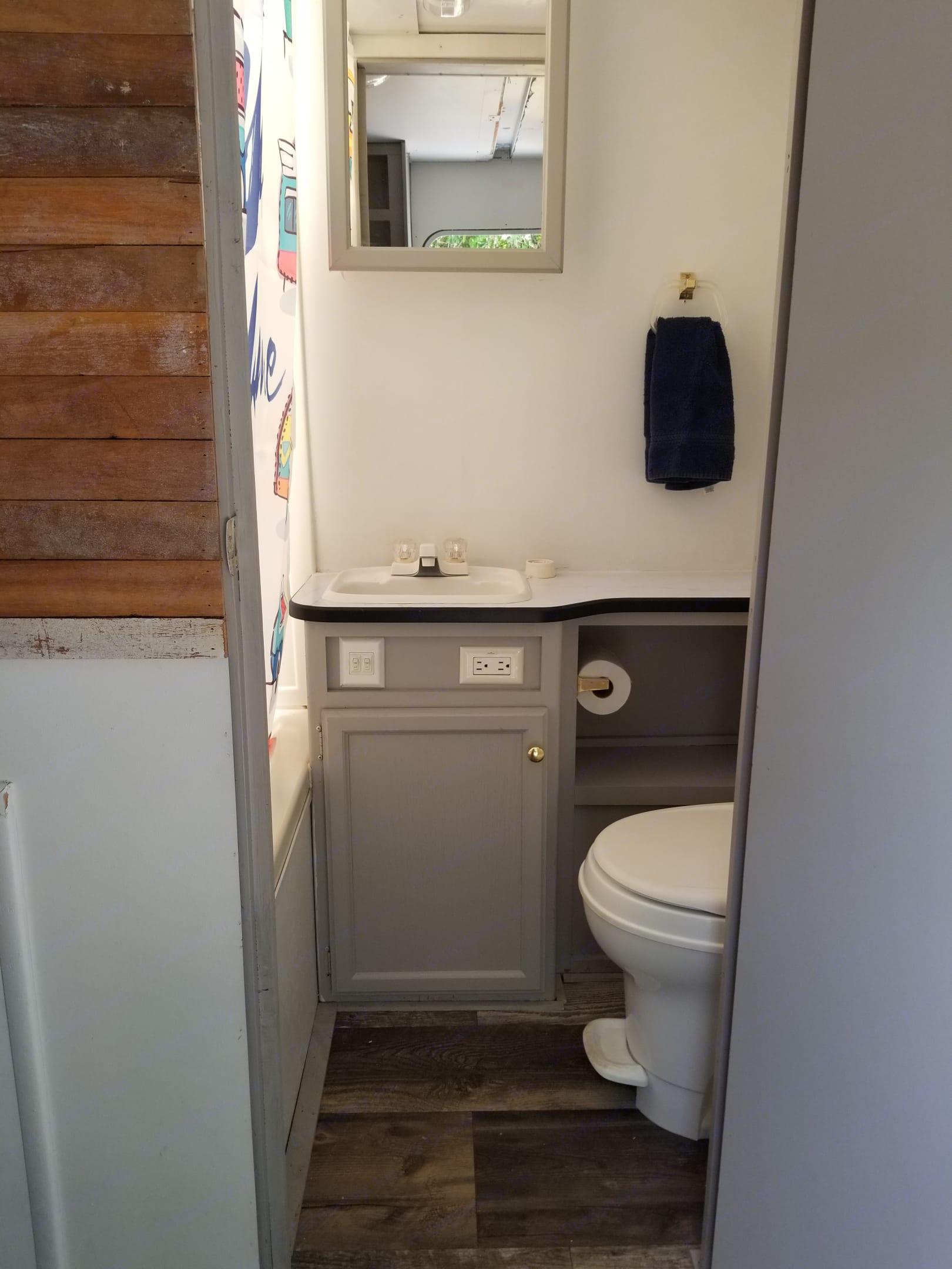Bathroom. Jayco Other 2007