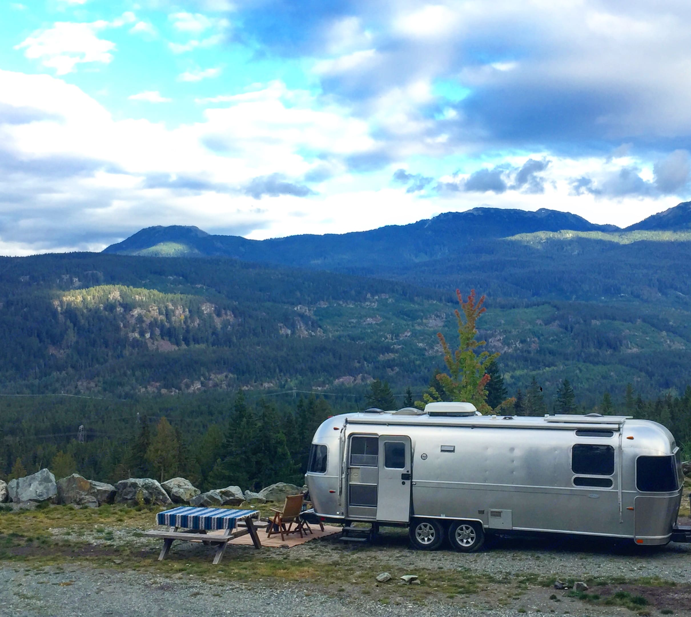 Plan your next adventure with Ally the Airstream!. Airstream Flying Cloud 2009