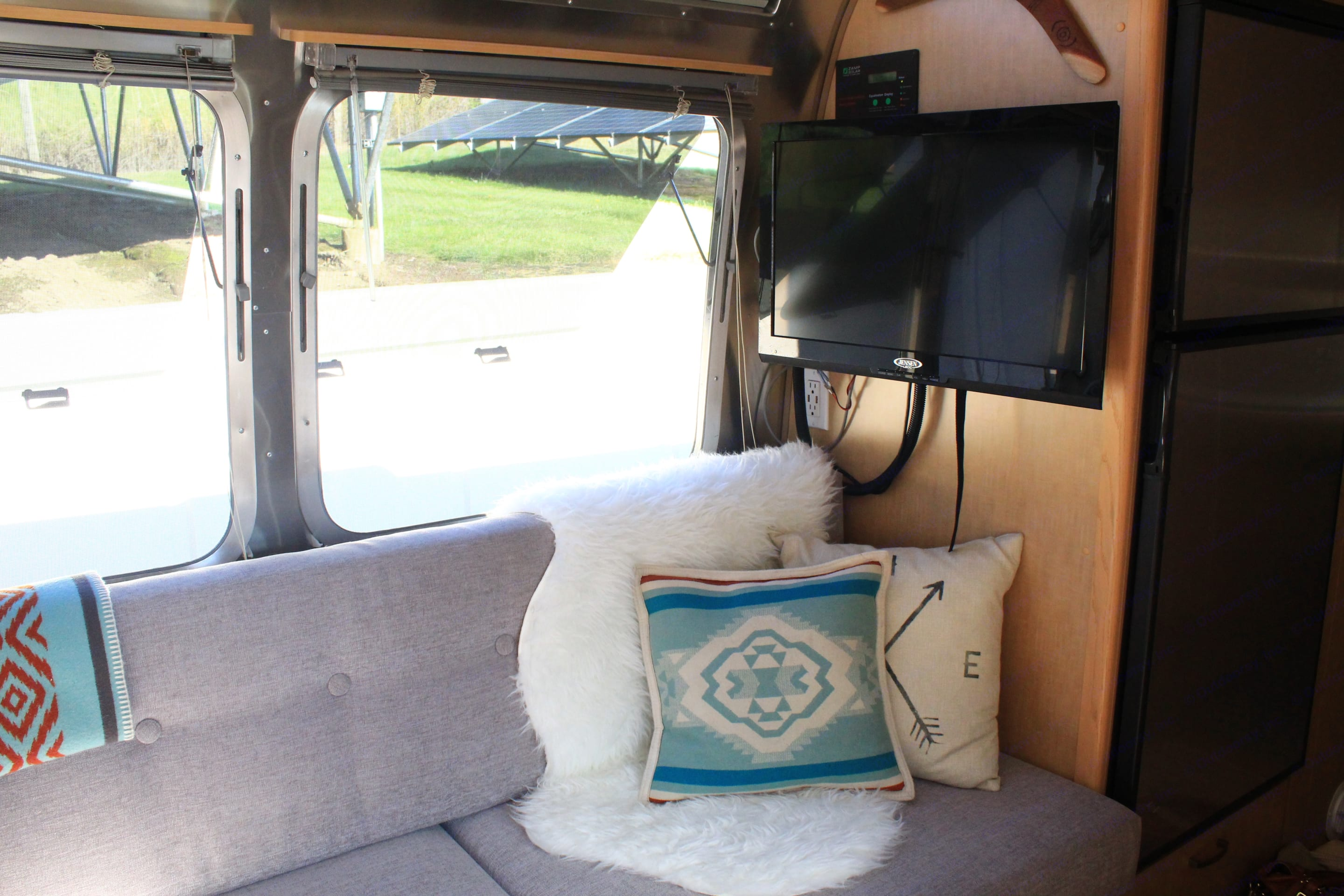 TV and DVD player included.. Airstream Flying Cloud 2009