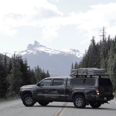 Go anywhere. toyota tacoma SR5 2018