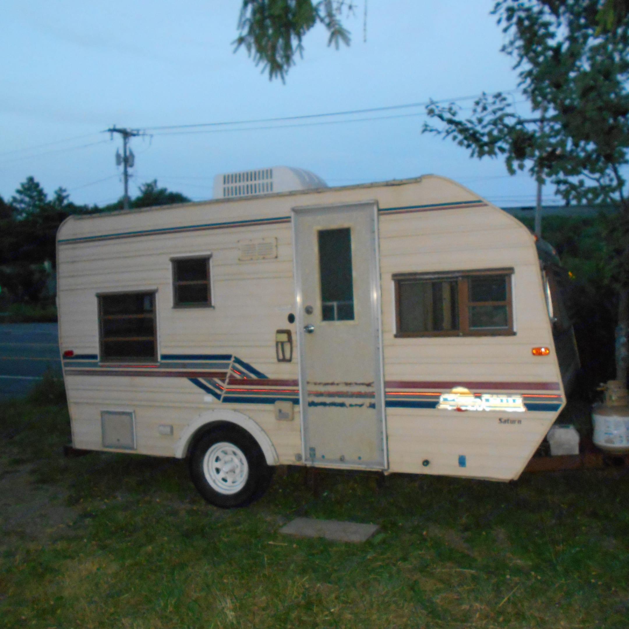 My vintage 1987 Sunline Saturn camper!. Sunline Saturn 1987