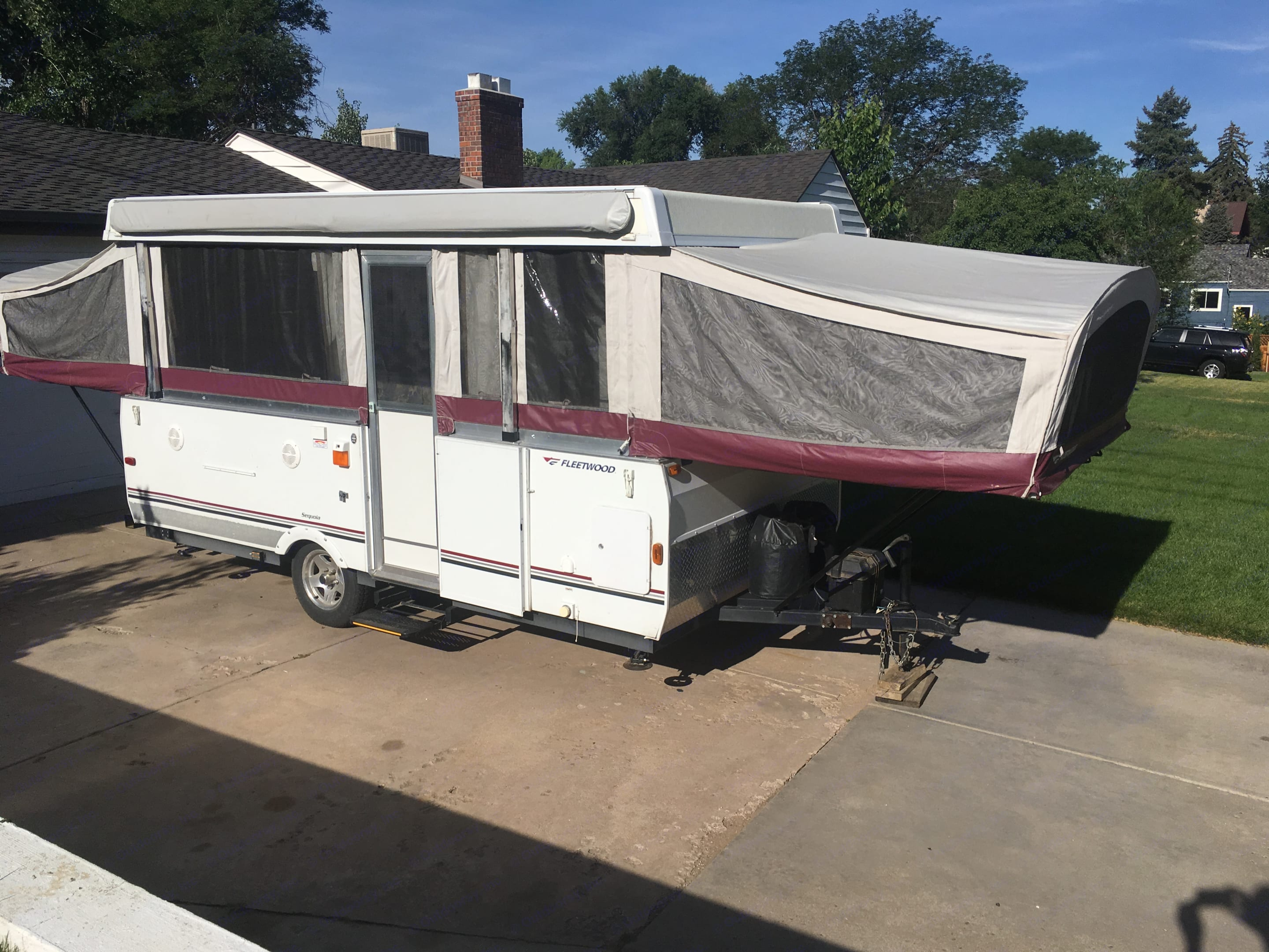 Front of the unit. Fleetwood Sequoia 2007