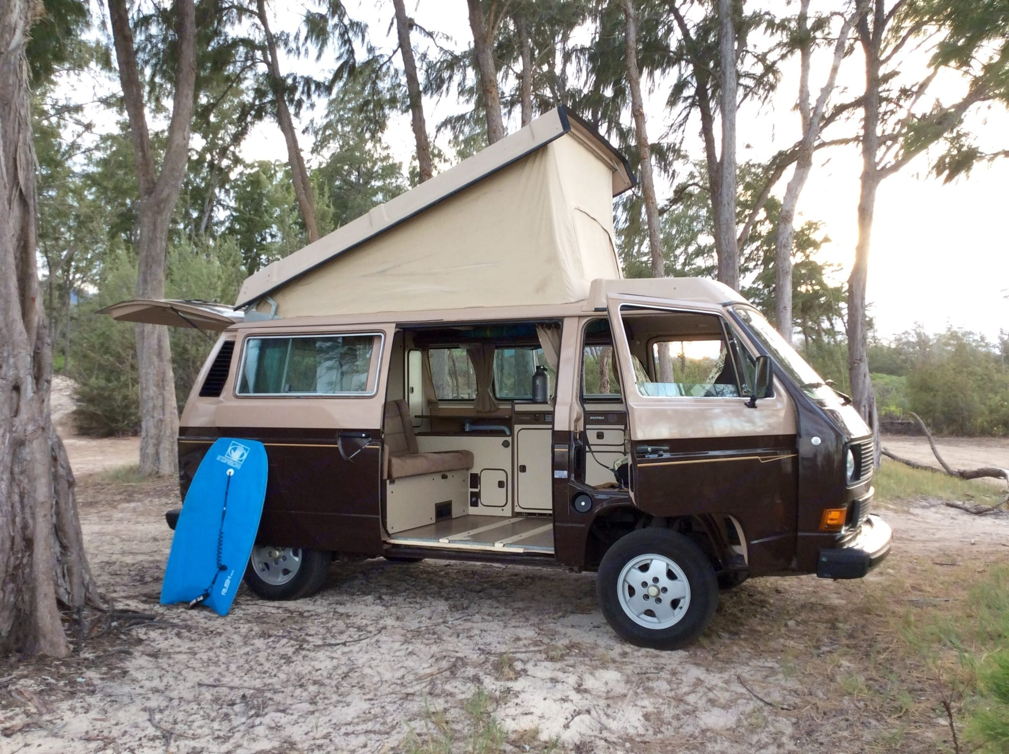 Four people can comfortably travel and camp inside. . Volkswagen Vanagon Westfalia 1984