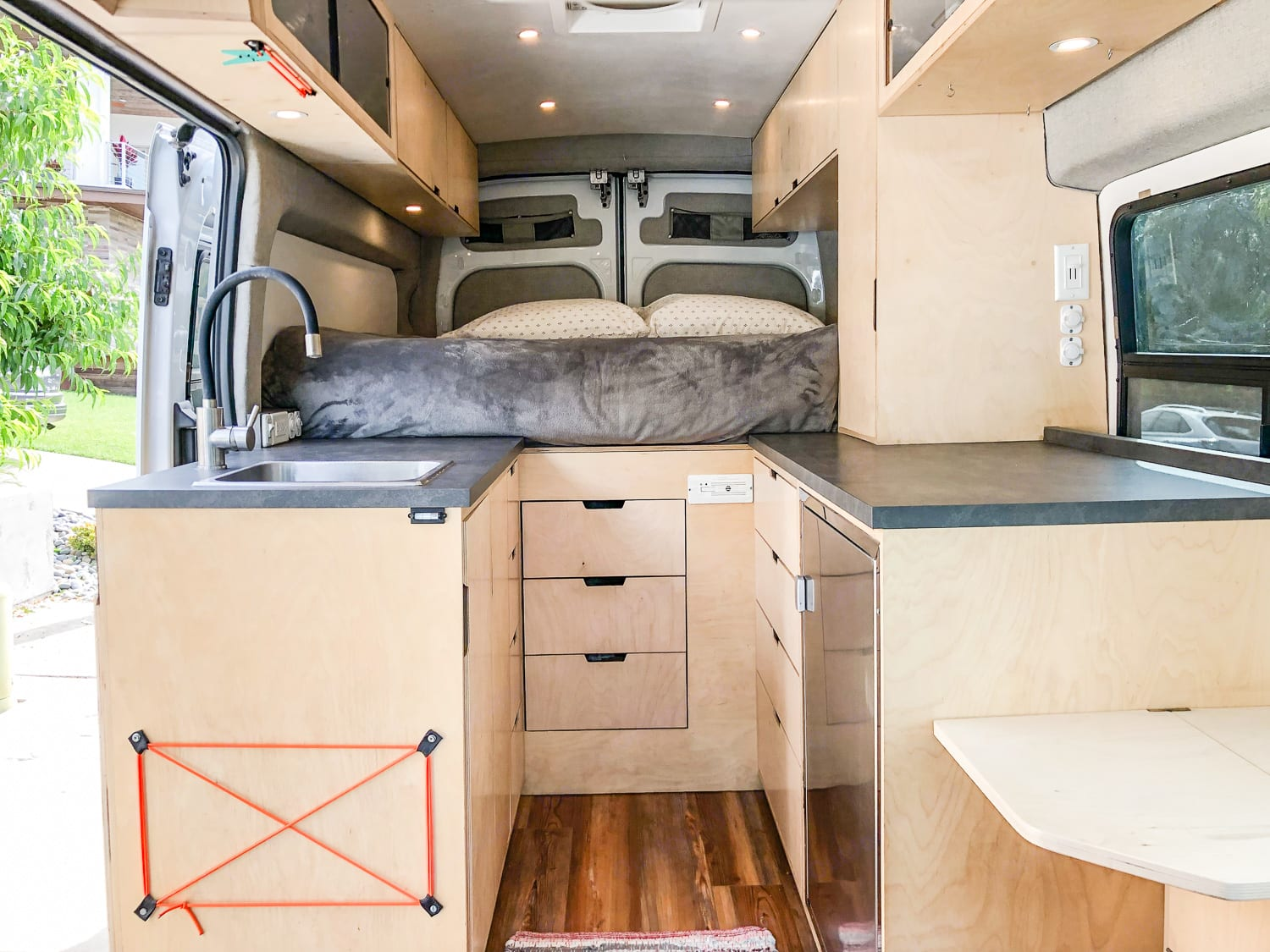 Love cooking? Enjoy ample counter space!. Ford Transit 2015