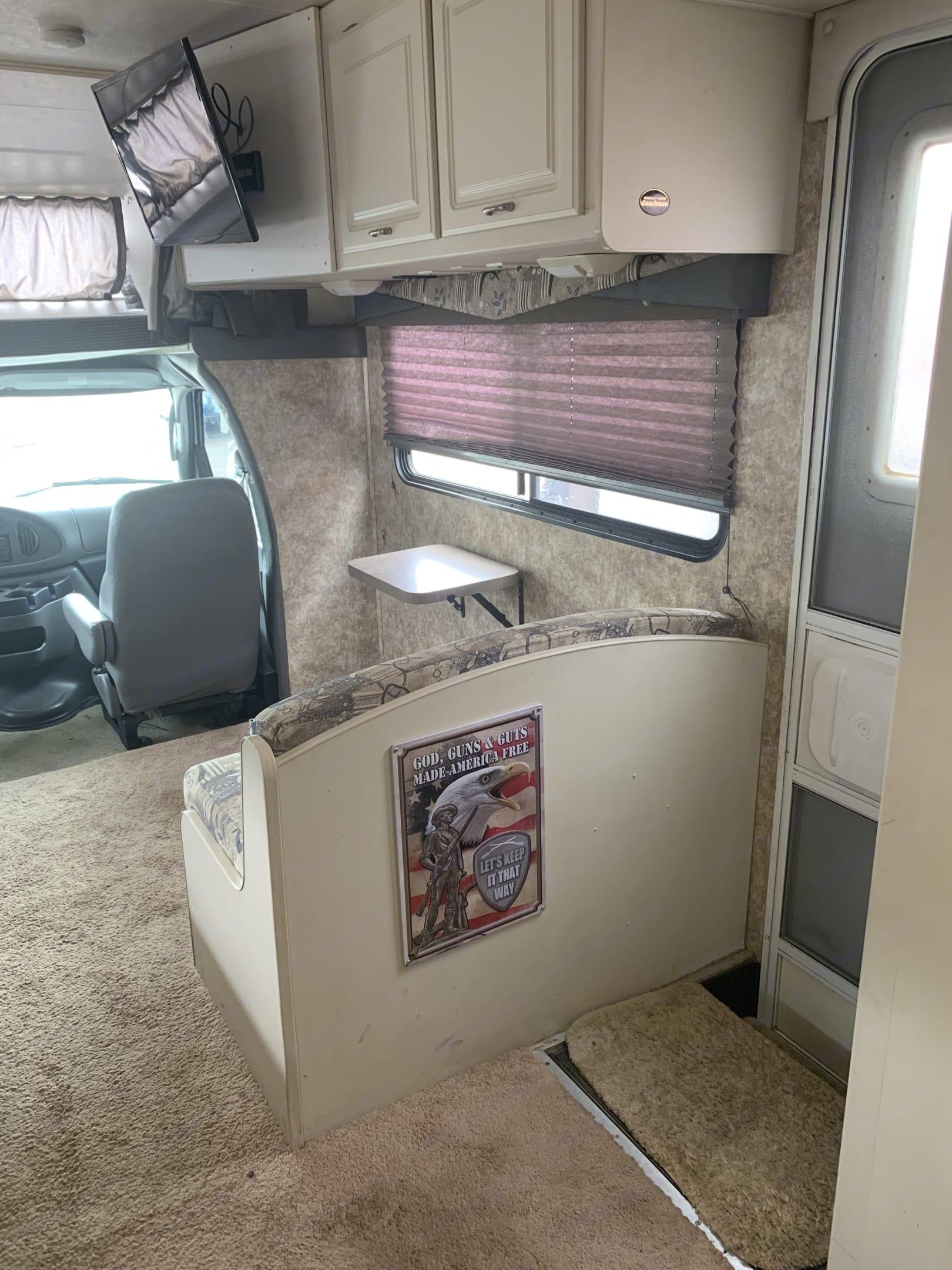 Ford Coachman 450 2006