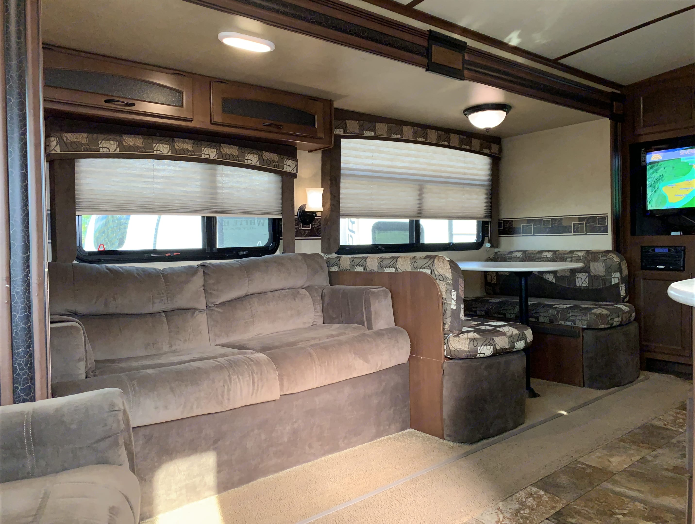 Jacknife sofa-bed & convertable dining table & benches. Jayco White Hawk 2014